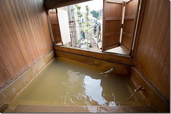 長湯温泉 みつばちの湯の家族風呂