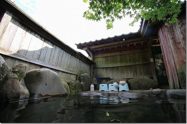旅館 名山の露天家族風呂