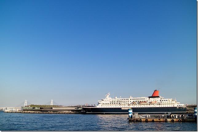 大桟橋のにっぽん丸