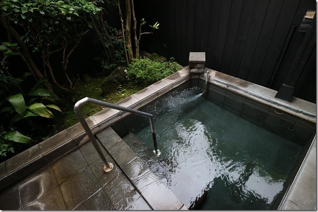 湯布院のカントリーイン麓舎の家族風呂