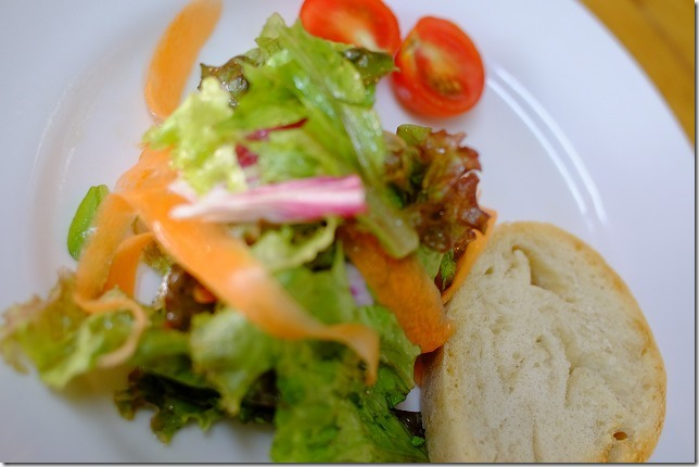 イタリアンLa Luce(ラルーチェ)のランチのサラダ