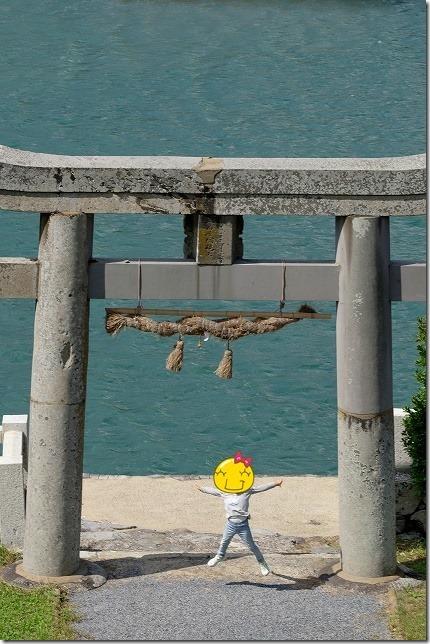 加部島の田島神社と海