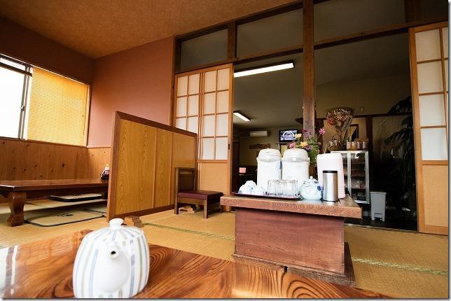 杷木、だご汁茶屋の室内