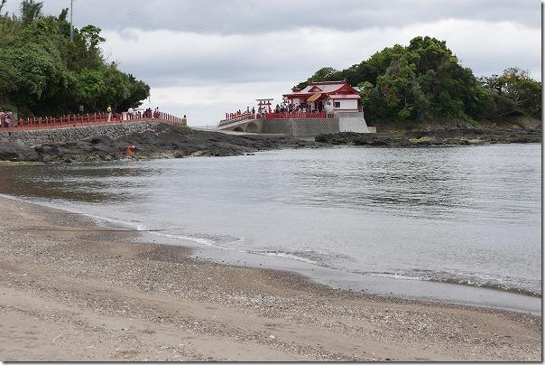 釜蓋神社へ海から