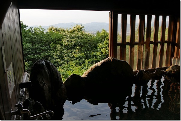 みのう山荘の家族風呂からの眺め
