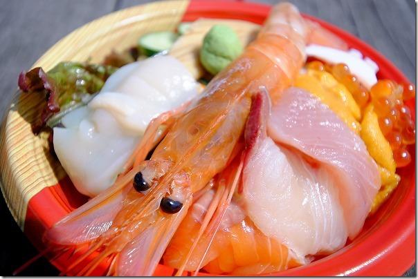 唐戸市場の海鮮丼