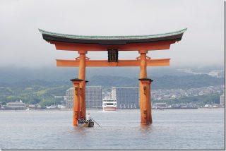 宮島 千畳閣で雨宿りと厳島神社の高潮