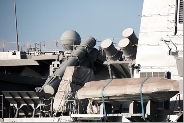 呉艦船めぐり、海から自衛隊の艦船