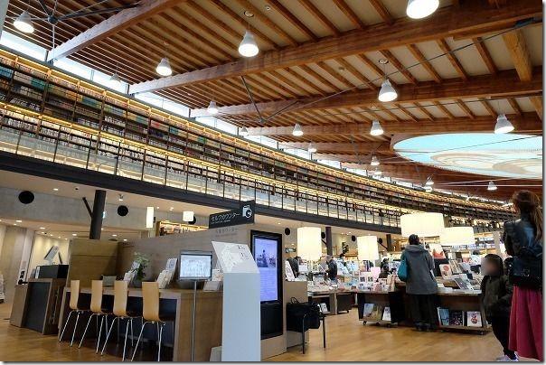 武雄市図書館、撮影可能ポイントその2