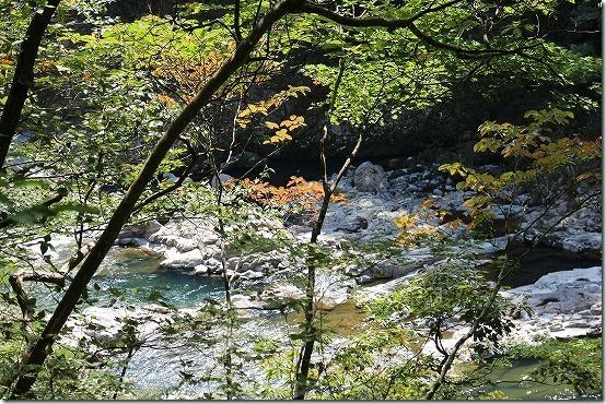 龍王峡の紅葉始まり