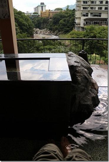 鬼怒川温泉 くろがね橋の足湯 手湯