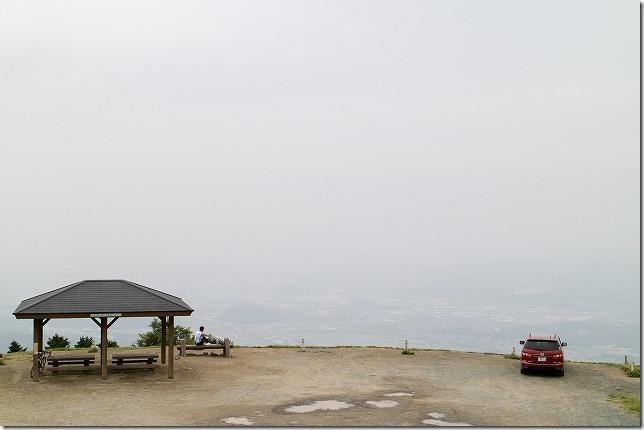 米山展望台の駐車場