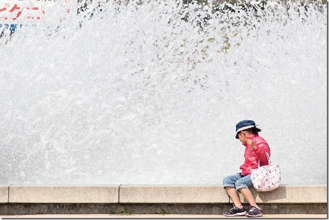 海の中道海浜公園 子供と噴水