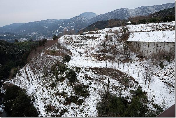 雪の観音の滝、七山村方面