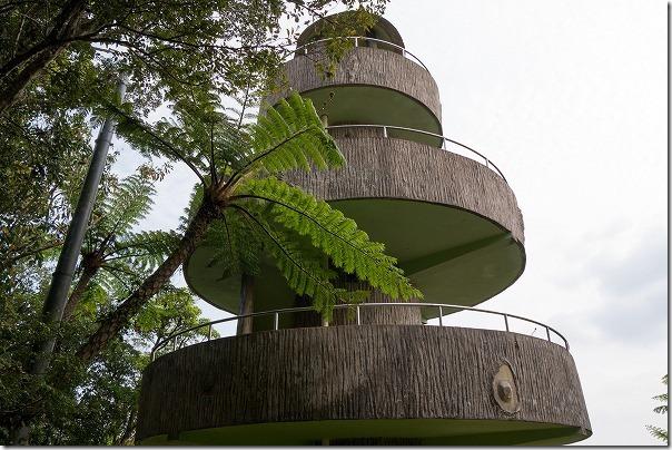 奄美大島、高知山展望台の塔