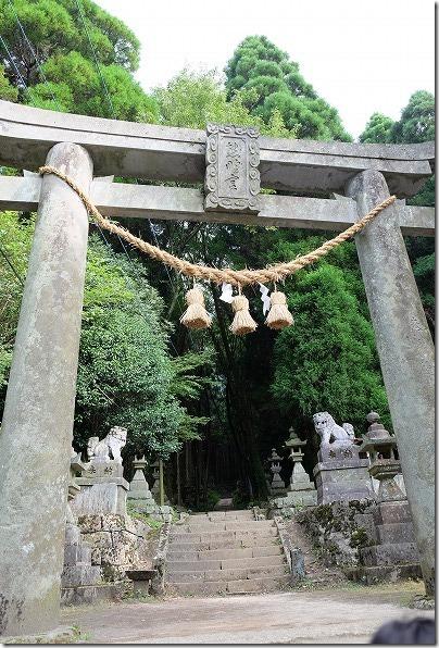 上色見熊野座神社の参道・石段