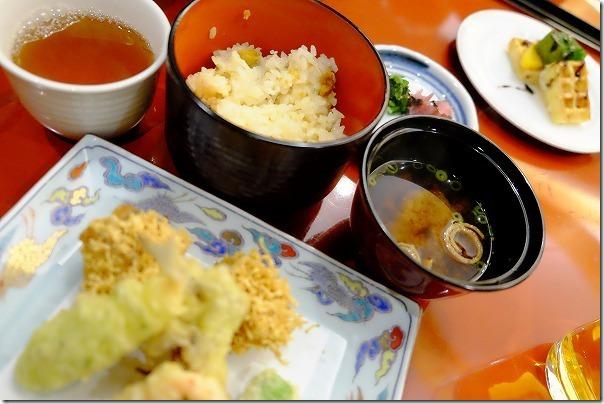 ホテル&リゾーツ 佐賀、唐津の夕食雲丹飯