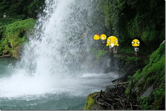 慈恩の滝の滝裏を歩く,玖珠
