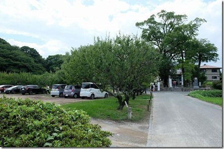 太宰府・坂本八幡宮の駐車場