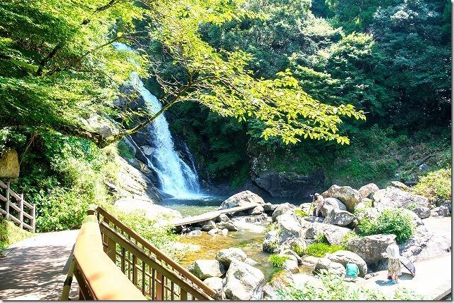 真夏の唐津、見帰りの滝