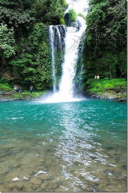 慈恩の滝、二段滝、滝の裏を歩く