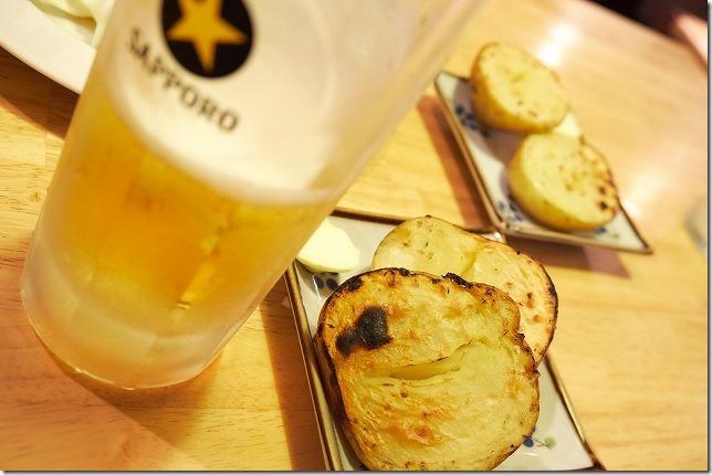 六本松の焼き鳥屋「焼き鳥家族」の生ビール
