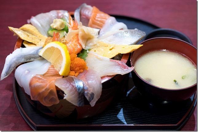 海鮮うまいもん屋「てっぺん」の海鮮丼