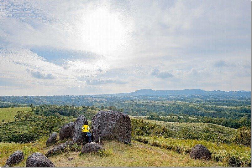 押戸石の丘のはさみ岩、大パノラマ