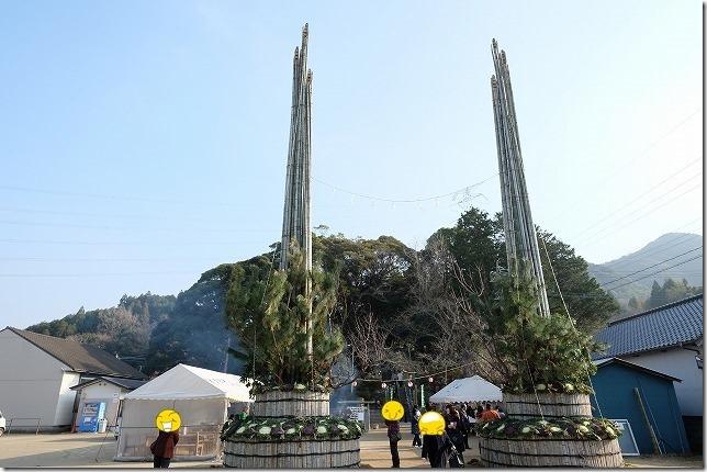 唐津、宝満神社の大門松