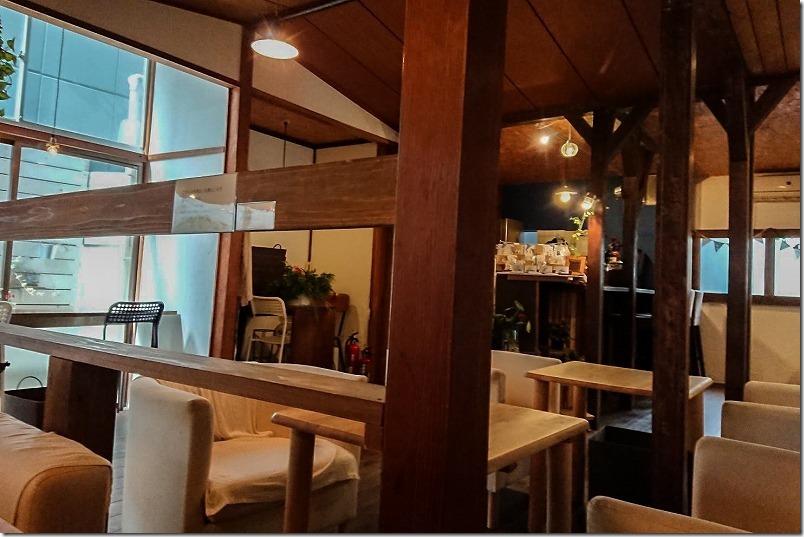 隠れ家カフェ、西新5丁目、あかり珈琲の店内の様子