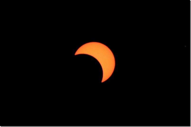 佐賀県玄海町で部分日食を観察