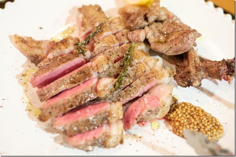 桜坂チリエージョでメインのお肉とワイン