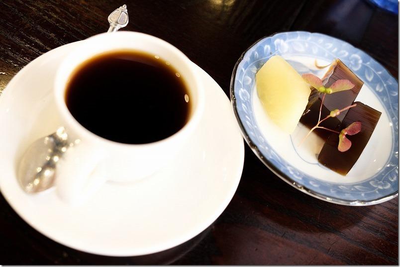 三瀬、彦のデザートとコーヒー