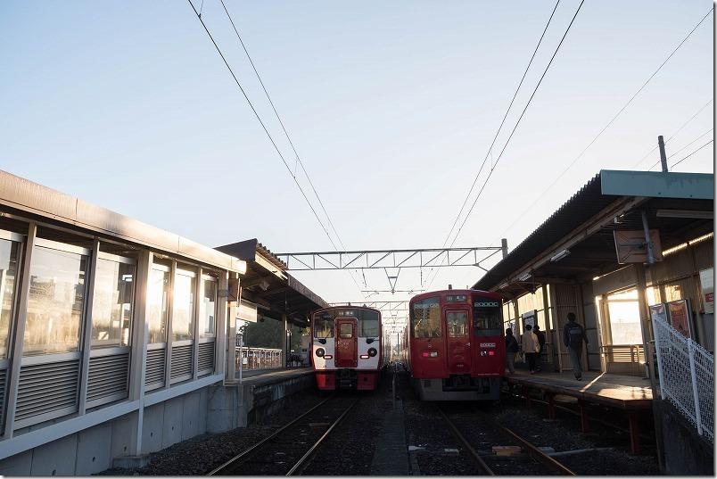 早朝の肥後大津駅で宮地行きの普通列車に乗り換え