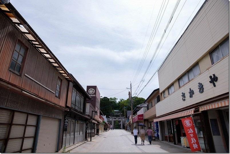 宮地岳神社の菖蒲祭り、朝早めに到着